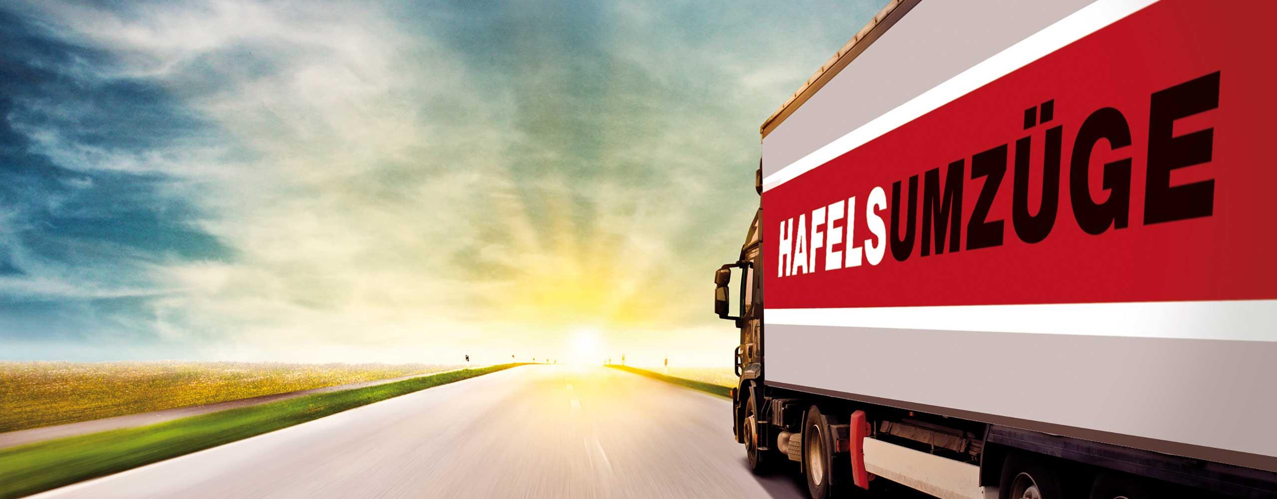 Truck von Hafels Umzüge auf Landstrasse